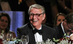 afi_lifetime_achievement_award_mike_nichols_main-1